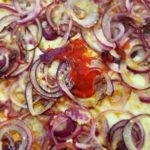 Tuffati anche tu in questa grandguignolesca #pizza alla #cipolla!
